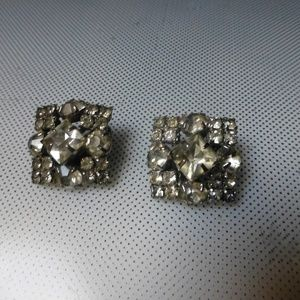 vintage high fashion clip earrings rhinestones